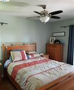 4116 Gregory St- Room 1.jpg